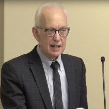 Dr. Peter Baehr